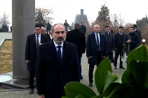 Armenia's PM, high-ranking officials visit Yerablur Pantheon (video)