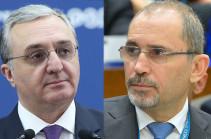 Зограб Мнацаканян провел телефонную беседу с министром иностранных дел и эмигрантов Иордании