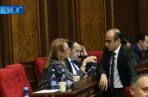 «Լուսավոր Հայաստանն» առաջարկում է  կենսաթաշակից չզրկել բանկ հաճախելու անկարող թոշակառուներին