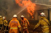 Australia fires: Three dead in Australia firefighting plane crash