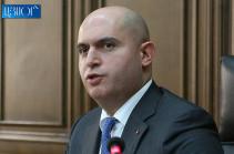 Մեզ հանդգնում է մեղադրել մի մարդ, ով հպարտանում է իր թեզով, որ ԼՂ խնդրի կարգավորումը պետք է ընդունելի լինի Ադրբեջանի ժողովրդի համար. Աշոտյան
