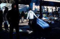Փարիզում սկսել են ցրել միգրանտների ապօրինի ճամբարը