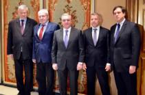 Զոհրաբ Մնացականյանը Ժնևում հանդիպել է ԵԱՀԿ Մինսկի խմբի համանախագահների հետ
