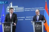 Формат встречи в Мюнхене решили Пашинян и Алиев – Зограб Мнацаканян