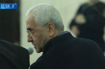 Դատարանի դահլիճում Սերգո Կարապետյանին դիմավորեցին «ամոթ» վանկարկումներով (Տեսանյութ)