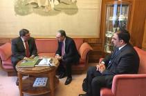 Զոհրաբ Մնացականյանը Կուբայի գործընկերոջ հետ մտքեր է փոխանակել միջազգային և տարածաշրջանային օրակարգի հրատապ հարցերի շուրջ
