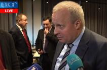 Объединенная группировка войск решает важные задачи по обеспечению безопасности Армении и России - Копыркин
