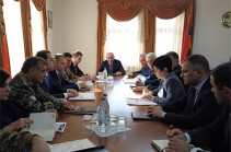 Bako Sahakyan convenes consultation dedicated to the activities aimed at preventing the spread of coronavirus in the republic