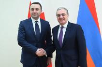 Зограб Мнацаканян представил министру обороны Грузии принципиальную позицию Армении в процессе мирного урегулирования карабахского конфликта