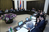 Armenia's government to convene extraordinary sitting to discuss issue of state of emergency