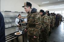 ВС Армении полностью обеспечены необходимым объемом продовольствия и другими средствами – пресс-секретарь Минобороны