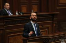 Спикер Национального Собрания призвал всех депутатов в 21:30 быть в парламенте