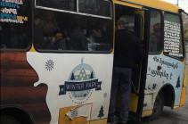 Համացանցում շրջանառվող ծանրաբեռնված երթուղայինի լուսանկարի ավտոբուսն աշխատել է վարորդի անձնական որոշման հետևանքով. պարետատուն