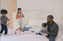 Канье Уэст уехал с детьми в другой штат, чтобы Ким Кардашьян отдохнула
