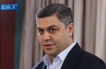 В Армении во избежание гуманитарной катастрофы необходимо новое антикризисное правительство – экс-директор СНБ