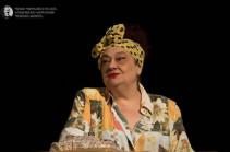 Հիվանդանոցում մահացել է դերասանուհի Կարինե Բուռնազյանը. ճշտվում է՝ արդյոք մահվան պատճառը կորոնավիրուսն է