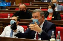 Нужно прекратить это, сейчас не время точить ножи-ножницы вокруг Конституционного суда – Микаел Мелкумян