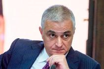 Единственным форматом для урегулирования карабахского конфликта является институт сопредседательства Минской группы ОБСЕ – Мгер Григорян ответил Азербайджану