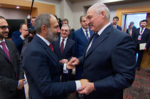 Nikol Pashinyan, Alexander Lukashenko talk over phone
