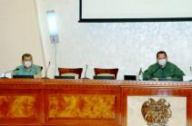 Պաշտպանության նախարարը ՊՆ, ԶՈՒ և ԶՈՒ ԳՇ ղեկավար կազմին է ներկայացրել գլխավոր շտաբի նորանշանակ պետին