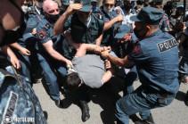 «Դատապարտում ենք, սակայն օրենքի առաջ հավասար են բոլորը». Ըմբշամարտի ֆեդերացիան՝ Ռոման Ամոյանին բերման ենթարկելու մասին (Տեսանյութ)