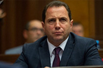 Davit Tonoyan to leave for Moscow instead of PM