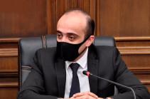 Тарон Симонян: Не обращаться в Конституционный суд по вопросу поправок в Конституцию – это уже нарушение соответствующих статей Конституции