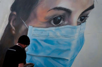 Coronavirus: Wear masks in crowded public spaces, says science body