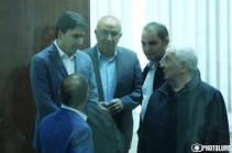 С 19 декабря 2019 года неоднократно просил суд , чтобы Юрию Хачатурову позволили уехать на два дня на родину, однако суд не обсуждает это ходатайство – адвокат