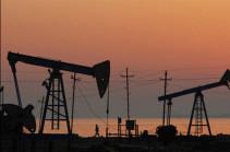 Мировые цены на нефть снижаются в ходе торгов 8 июля