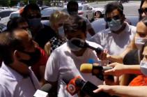 Пусть позволят нам работать, чтобы мы могли погасить кредиты и спокойно спать по ночам – акция протеста перед правительством Армении