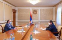 Президент Арцаха и Сейран Оганян обсудили вопросы укрепления безопасности и обороноспособности