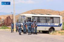 Полиция подвергла приводу с территории монастырского комплекса Хор Вирап 32 лиц