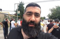 Ոստիկանության նպատակն է, որ քաղաքացիները որևէ տեղ չկարողանան կուտակվել և իրենց ձայնը հնչեցնել. Արթուր Դանիելյանին բաց թողեցին ոստիկանությունից (Տեսանյութ)