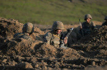 На армяно-азербайджанской границе бои продолжаются