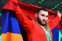 Կեցցե՛ք տղերք, մենք ձեզ հետ ենք, ձեզնով ենք ուժեղ. Սիմոն Մարտիրոսյանը՝ հայ զինվորին