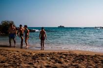 На Кипре за полгода поток туристов уменьшился на 84% из-за коронавируса