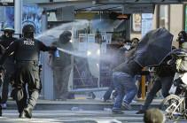 В Сиэтле почти 60 полицейских пострадали при беспорядках
