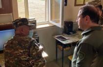 Давид Тоноян посетил новый опорный пункт на юго-западном участке границы