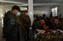 Премьер-министр Никол Пашинян посетил N-скую воинскую часть