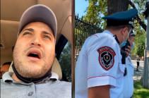 Նարեկ Սամսոնյանին տուգանել են դիմակ չկրելու համար, սակայն ճանապարհային ոստիկանը խոչընդոտել է ավտոմեքենայի ընթացքը՝ թույլ չտալով հեռանալ (Տեսանյութ)
