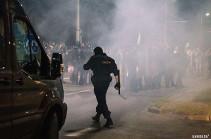 Протестующие в Минске использовали коктейли Молотова при столкновениях с ОМОНом