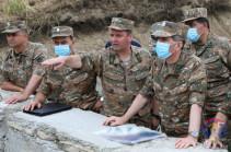 Начальник Генштаба ВС Армении и командующий Армией обороны Арцаха посетили передовую