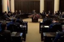 В Армении снят запрет на проведение собраний и забастовок