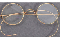 Gandhi's glasses left in letterbox sell for £260k
