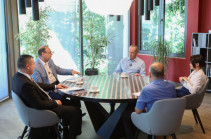 Ռոբերտ Քոչարյանը հանդիպել է տնտեսական վերլուծաբանների և տնտեսական թեմաներ լուսաբանող լրագրողների հետ