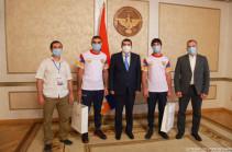 Արցախի նախագահն ընդունել է աշխարհի ռեկորդակիրներ Յուրի և Արթուր Սաքունց եղբայրներին