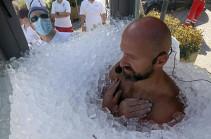 Ավստրիացի մարզիկը սառույցից չի վախենում (Տեսանյութ)