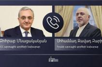 Armenian, Iranian FMs hold phone conversation