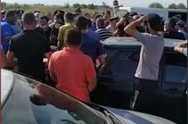 Жители нескольких сел Армавирской области перекрыли трассу Эчмиадзин – Маргара